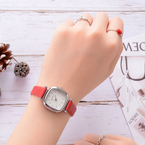 Exquisite Red Leather Strap Luxury Square