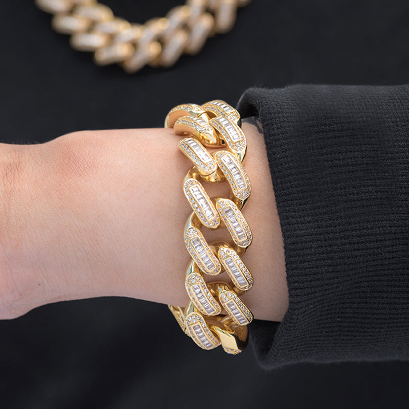 Baguette Cuban Bracelet (19mm) in Yellow Gold