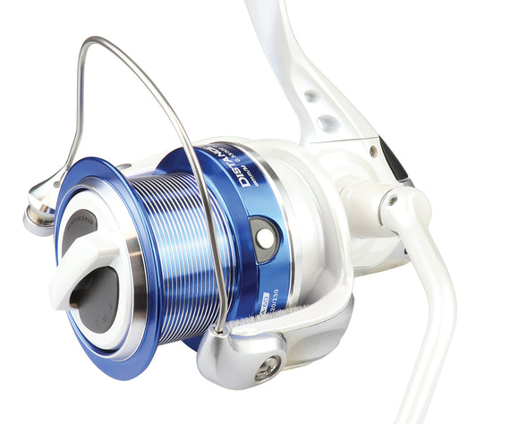 Okuma Distance Surf Reel