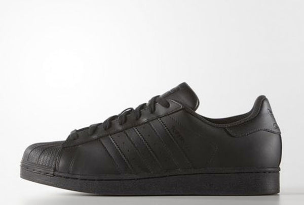 ADIDAS<BR>  <span style='font-size:12px; font-weight:normal;'> Superstar </span>