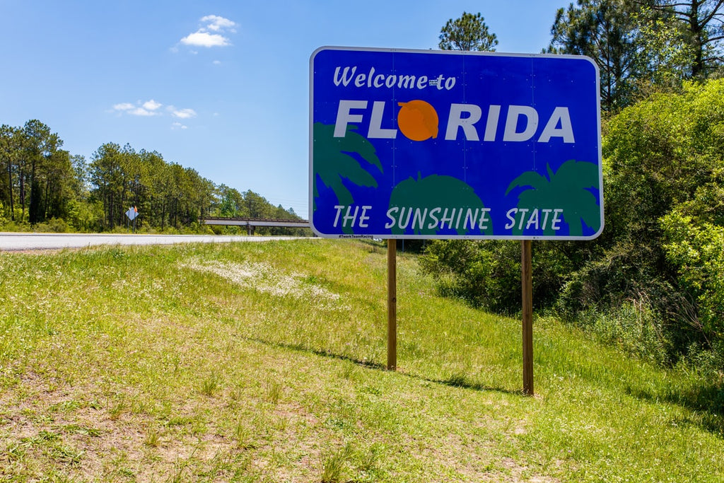 Florida highway welcome sign