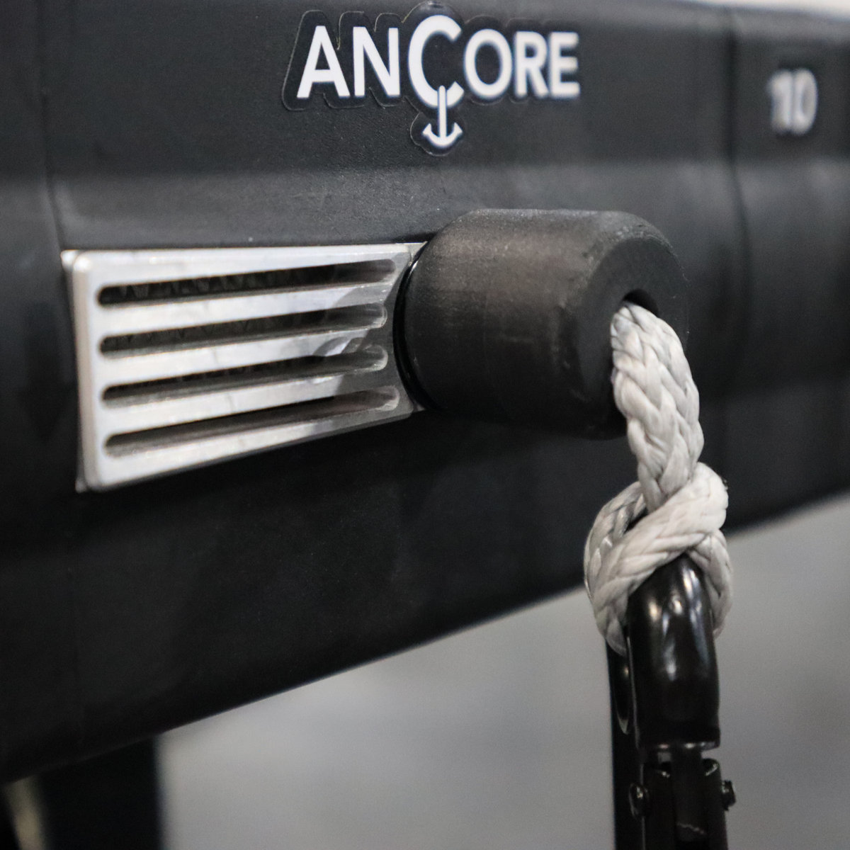 the ancore trainer and rack mount on a squat rack