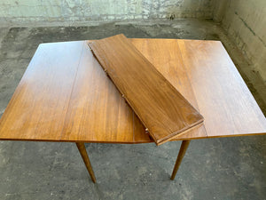 Mid-Century Stanley Dining Table with Two Leaves