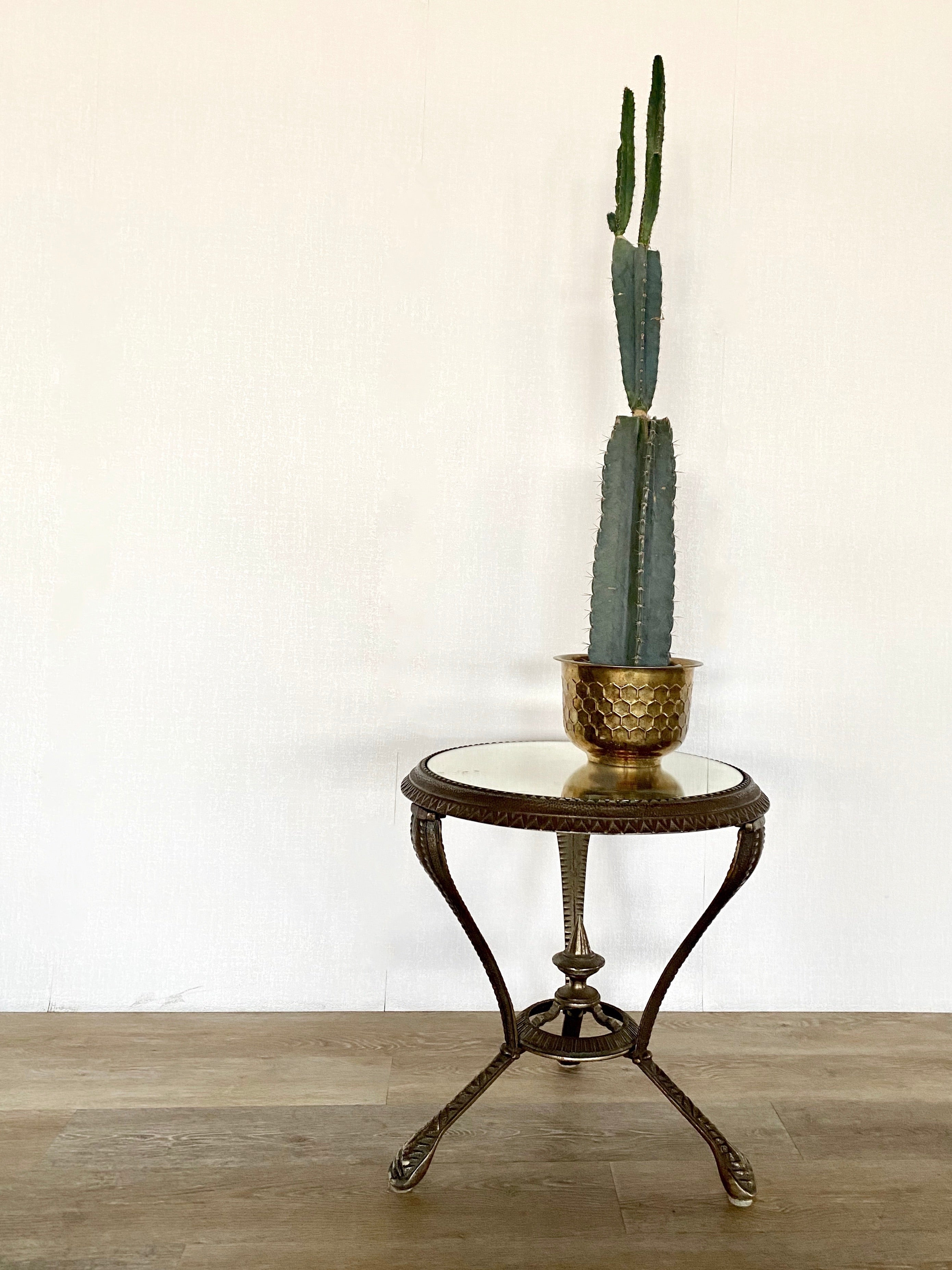 Vintage Cast Iron Table / Night Stand / End Table