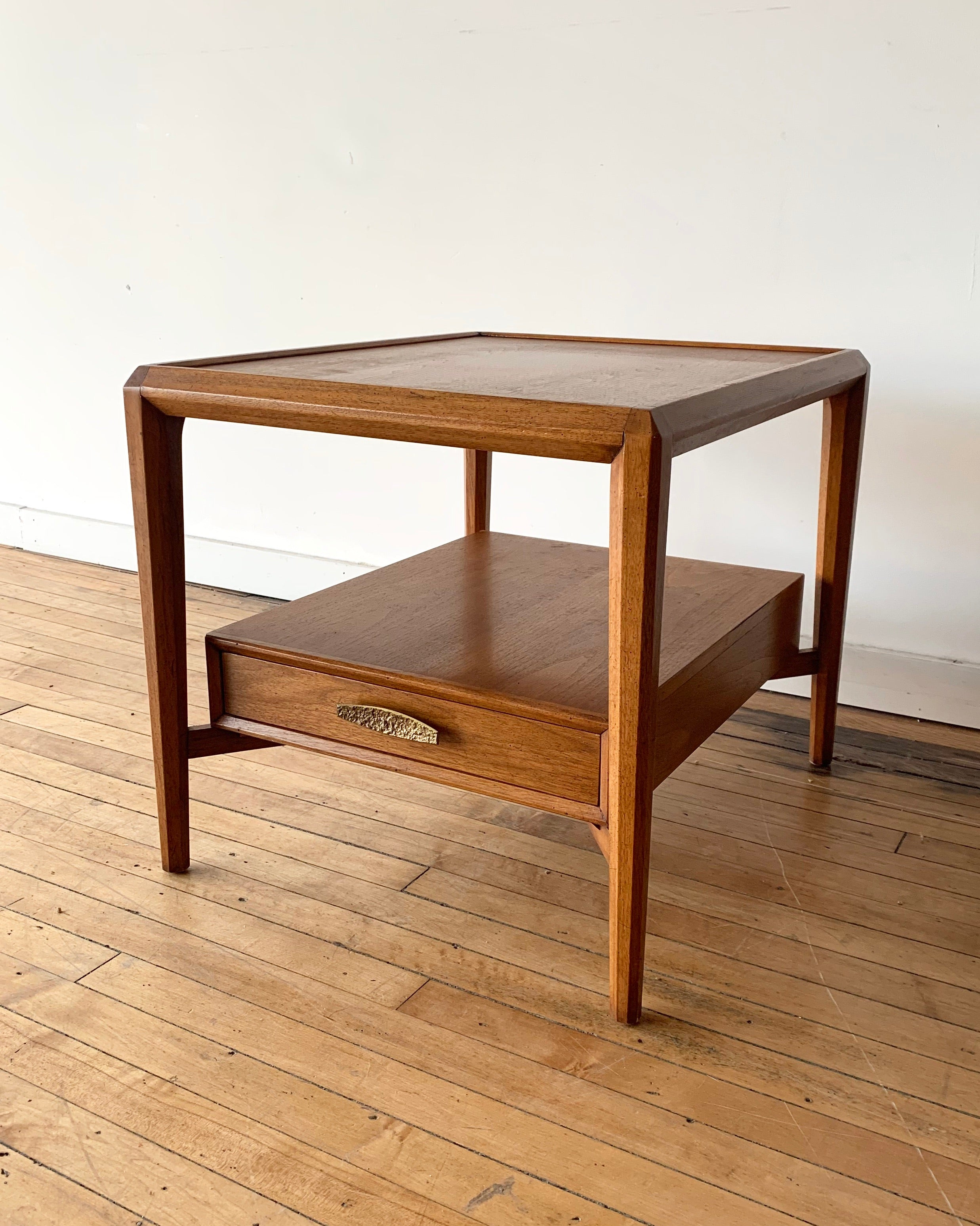Drexel Heritage Mid-Century End Table / Nightstand