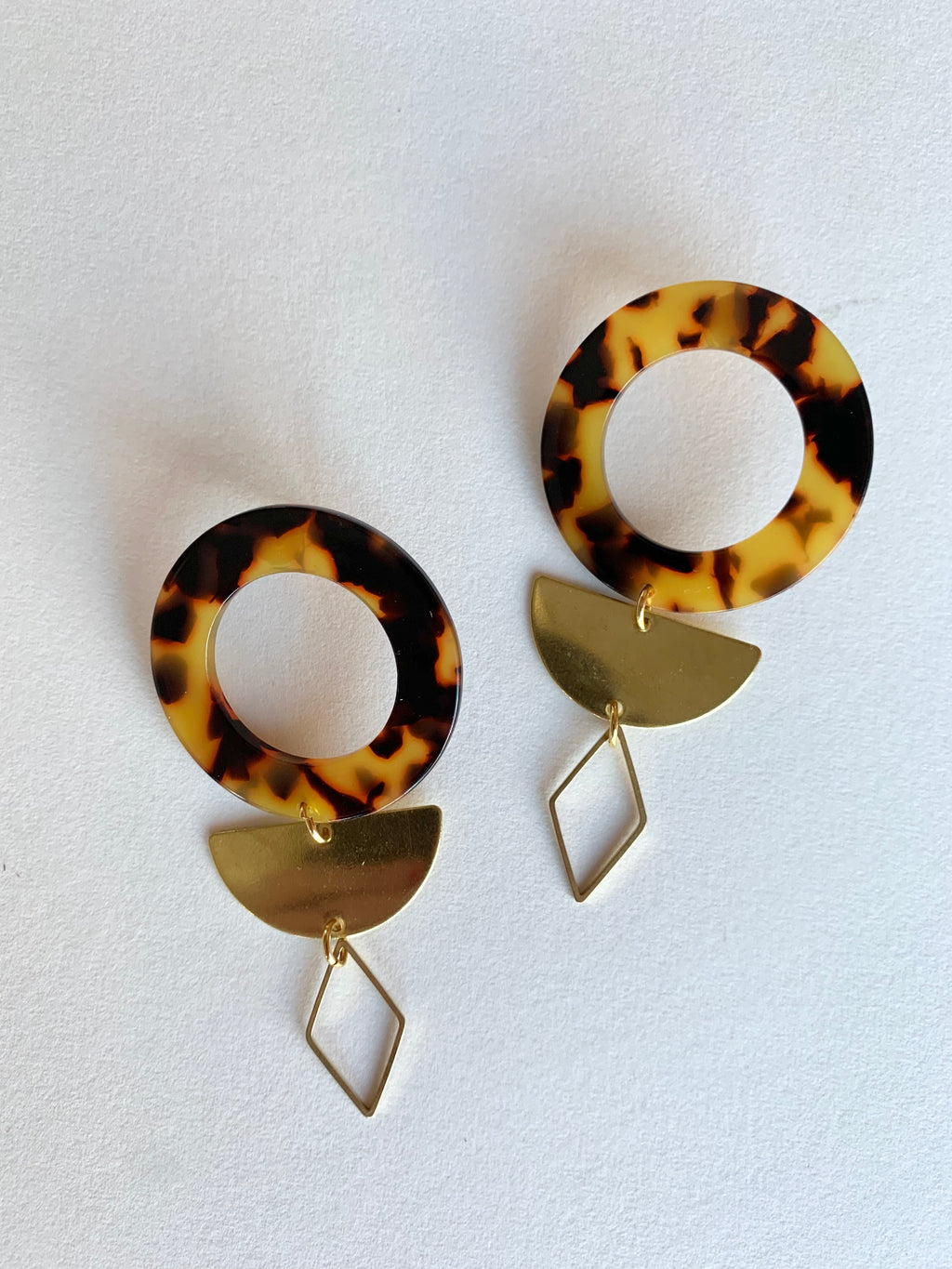 Large Acrylic Studs in Gold