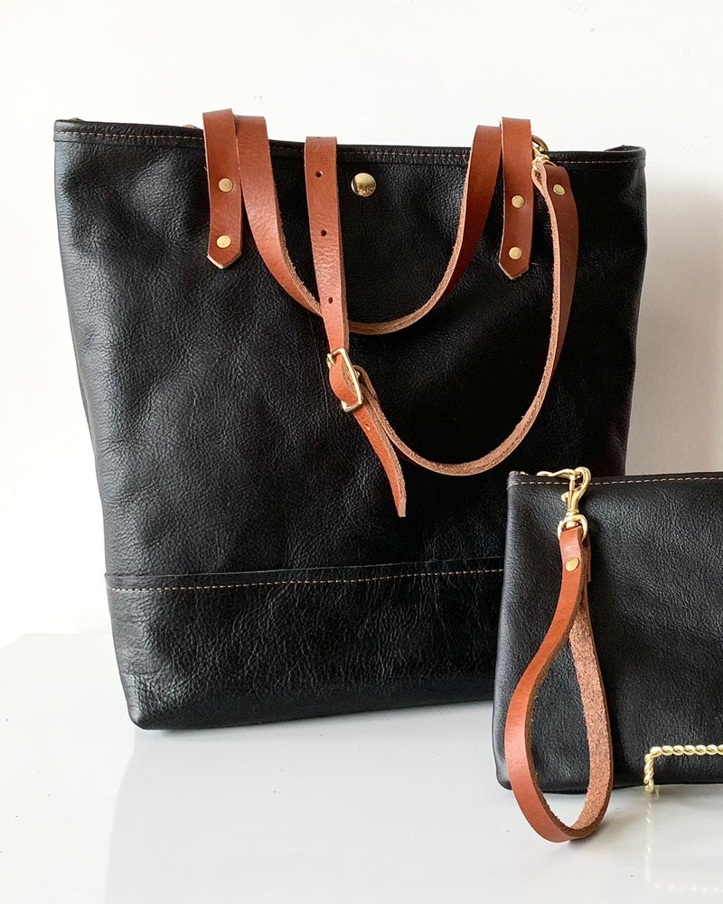 The Linda Tote in Leather