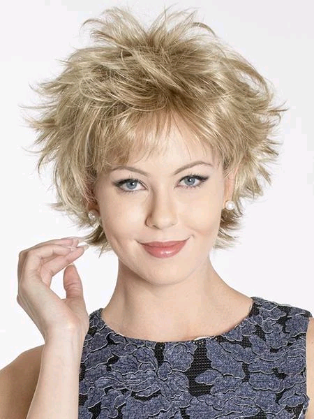 timeless and quintessential short wig