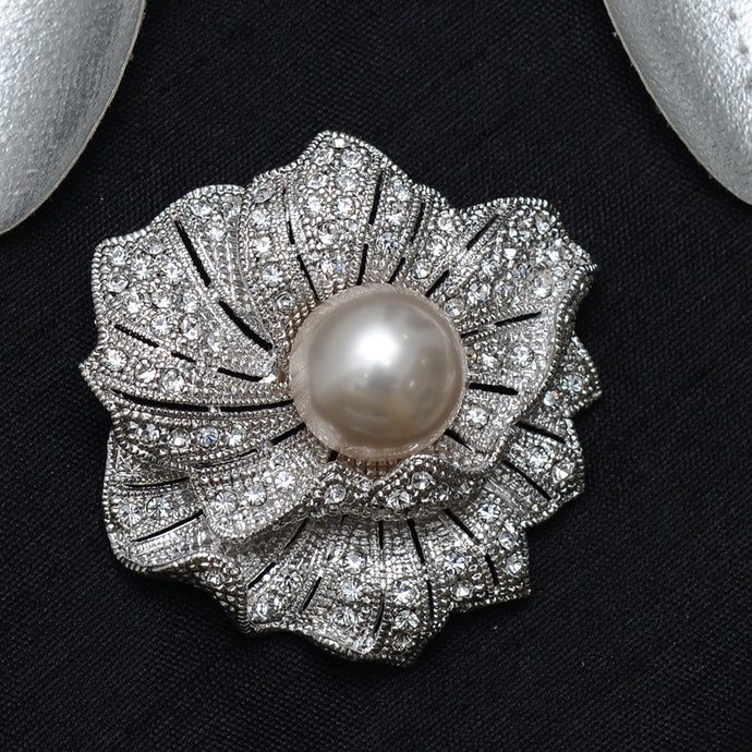 Floral Stone Studded Brooch