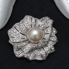 Load image into Gallery viewer, Floral Stone Studded Brooch