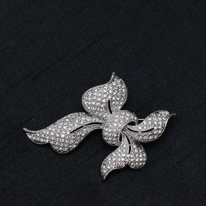 Ribbon Knot Stone Studded Brooch