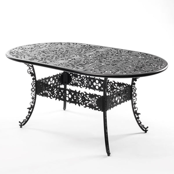 Industry Garden Seletti Oval Table, Black