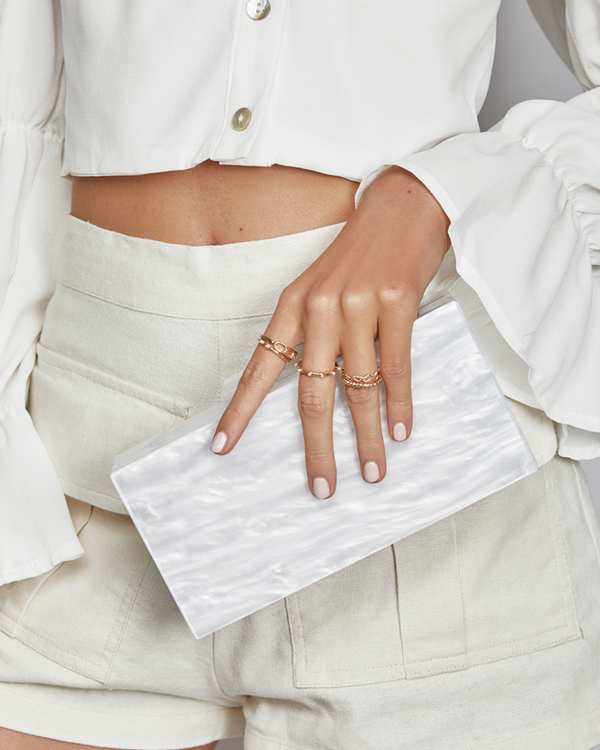 EMMA RESIN CLUTCH - WHITE PEARL