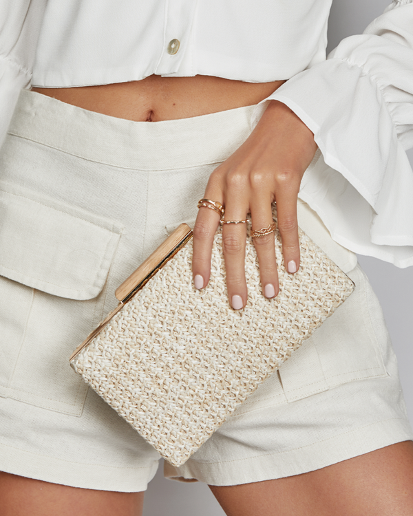 INDIANA CLUTCH - NATURAL RAFFIA
