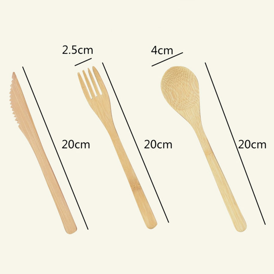 Measurements of bamboo knife (twenty centimeters), fork (two point five centimeters by twenty centimeters) and spoon (four centimeters by twenty centimeters).