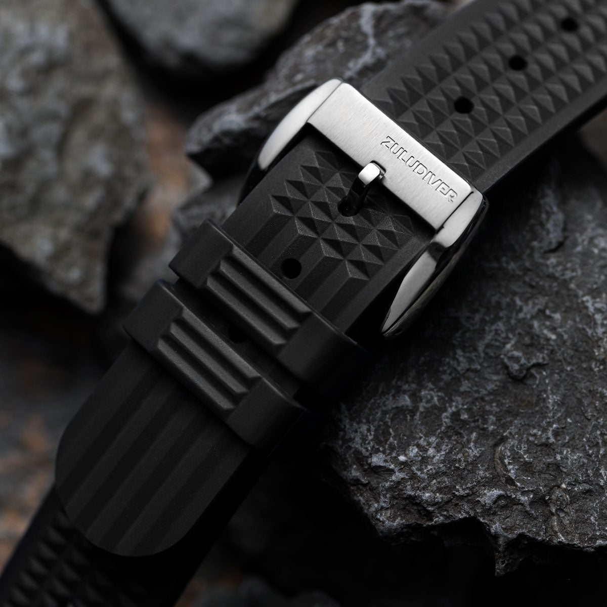 ZULUDIVER Seacroft Waffle FKM Rubber Dive Watch Strap