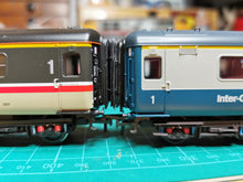 Load image into Gallery viewer, LS-10 Bachmann BR Mk2 Corridor Connection
