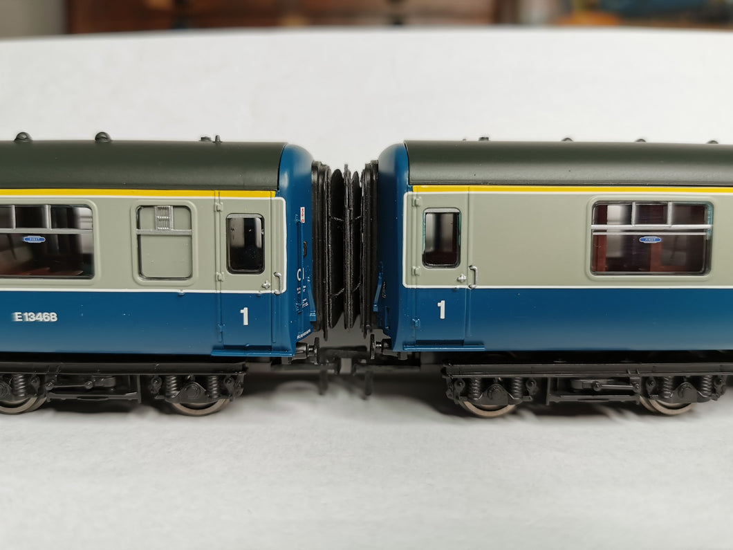 LS-10 Bachmann BR Mk2 Corridor Connection