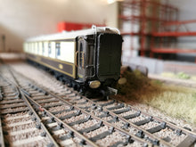 Load image into Gallery viewer, LS-08 Hornby Pullman/Gresley (New Model) Corridor Connection