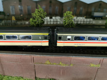 Load image into Gallery viewer, LS-07 Hornby BR Mk3 HST (2003-Current Model) Corridor Connection