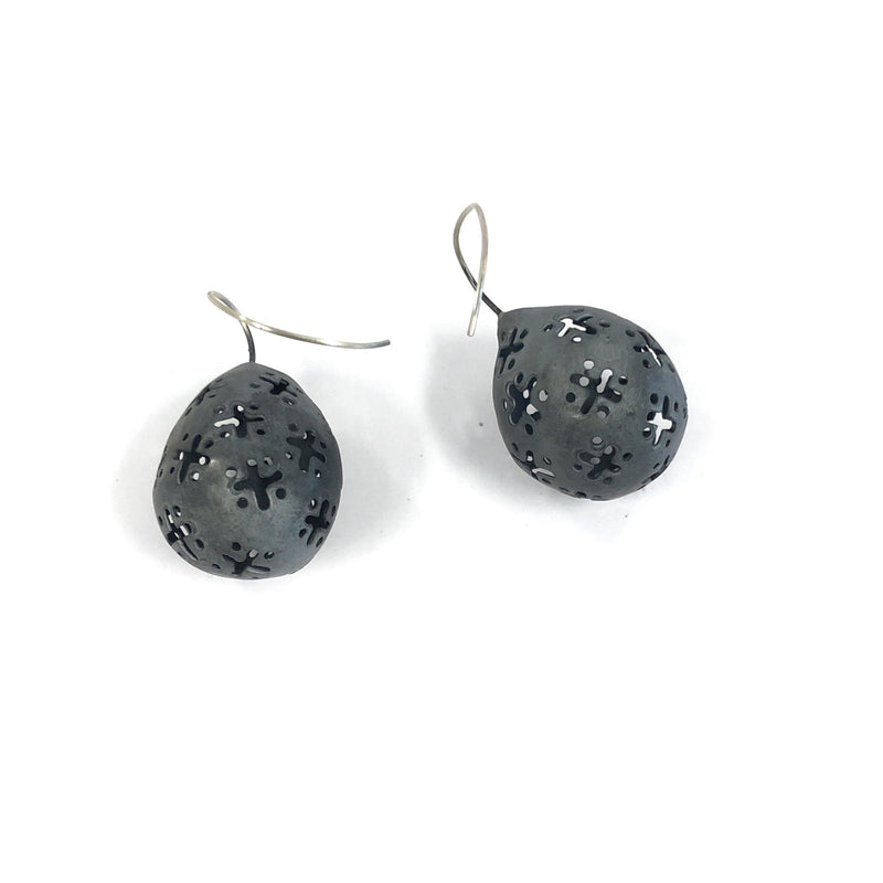 Ash Queen Earrings - Anna Vlahos