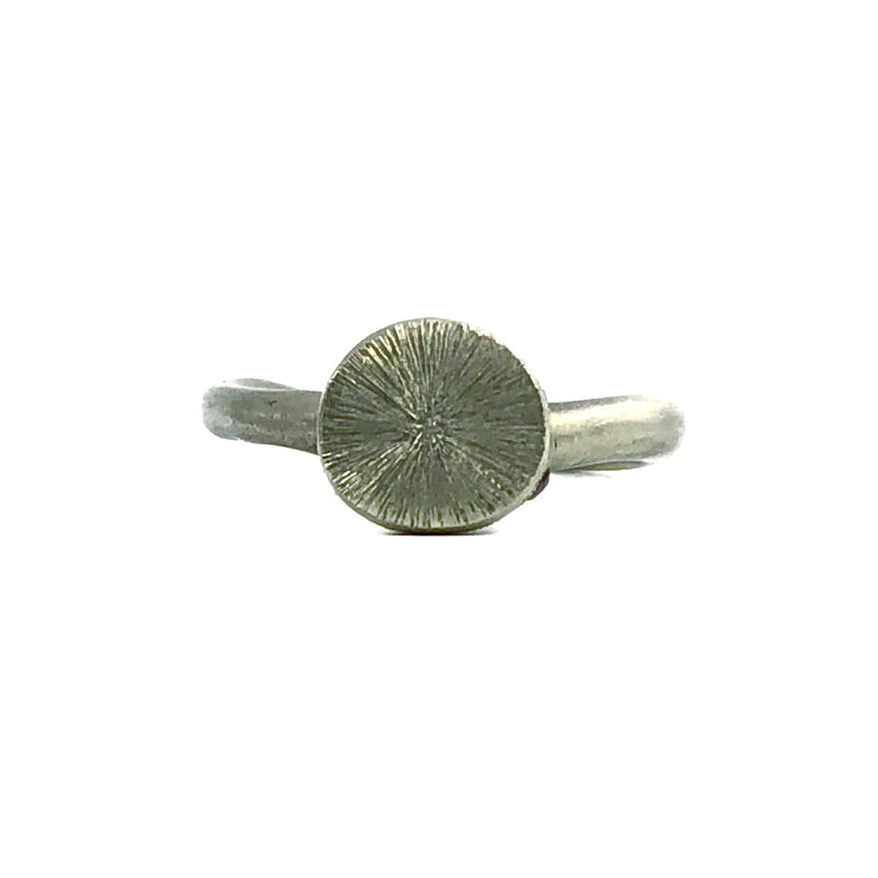 Chiseled Top White Gold Ring - Kaoru Rogers