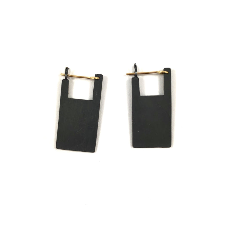 Square Pyramid Medium Earrings - Kaoru Rogers