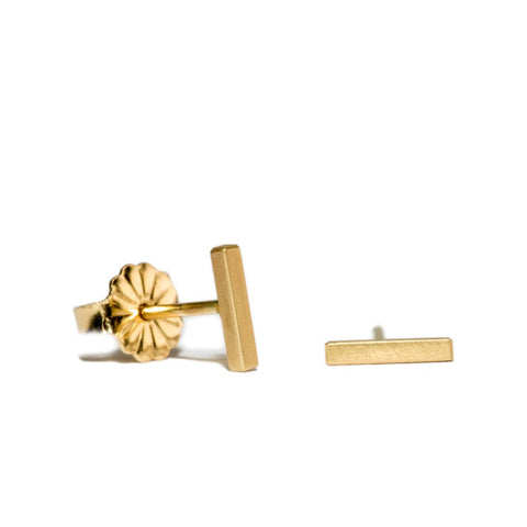 Edgy Bar Studs in 14ct gold - Carla Caruso