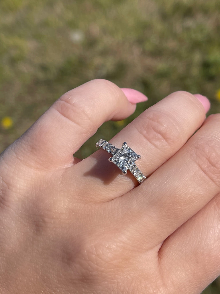 1.05 Radiant Cut Engagement Ring | D color VS2 clarity