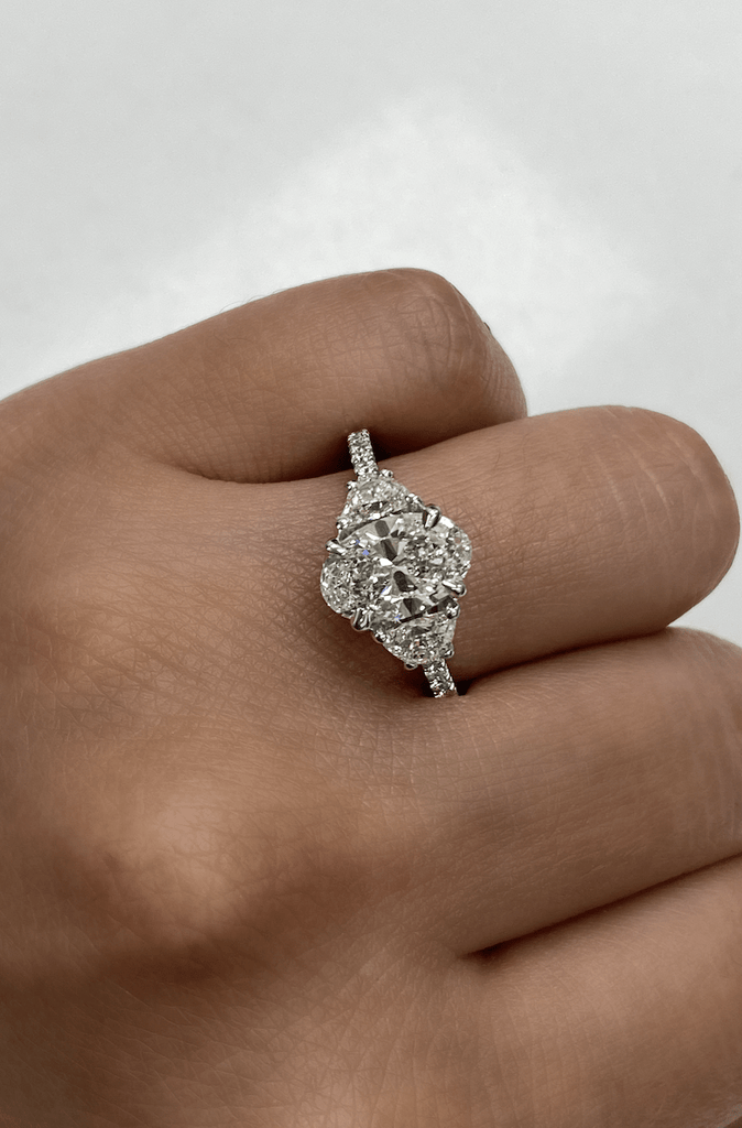 1.56 Oval Engagement Ring | F color SI2 clarity - Happy Jewelers Fine Jewelry Lifetime Warranty