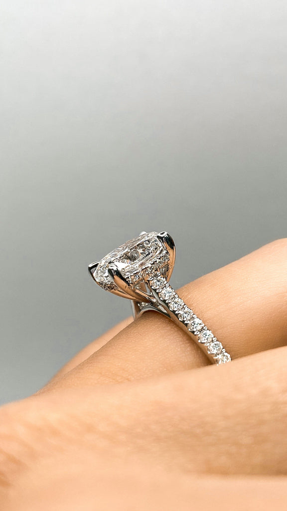 Engagement Ring 2.01 Carat Oval Diamond - Happy Jewelers Fine Jewelry Lifetime Warranty