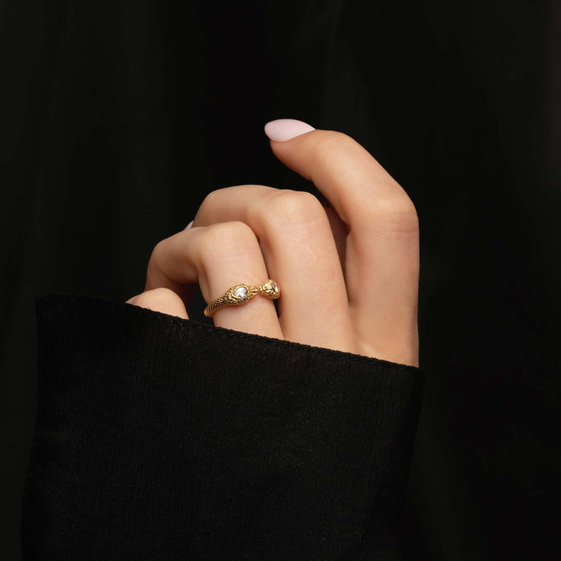 THE OPHIA SNAKE RING