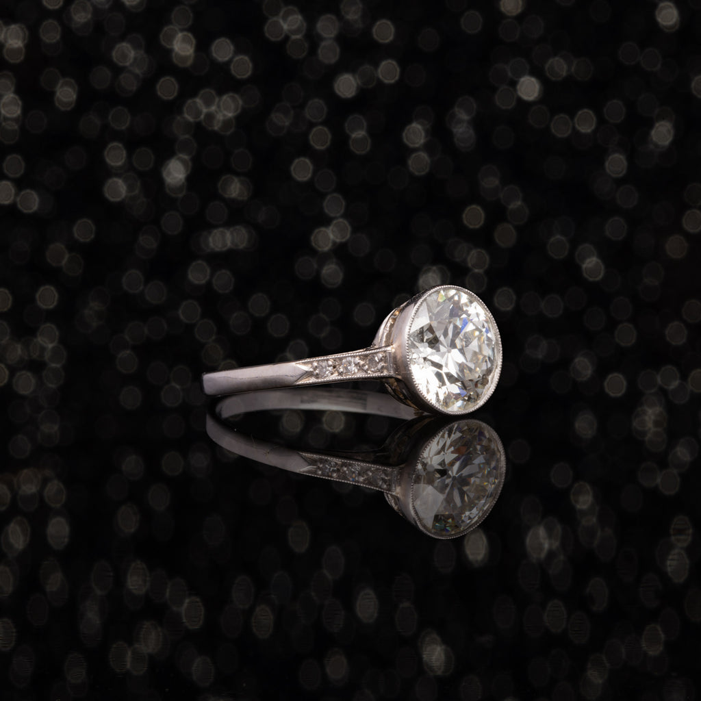 THE ART DECO BEZELED 2.23ct DIAMOND RING