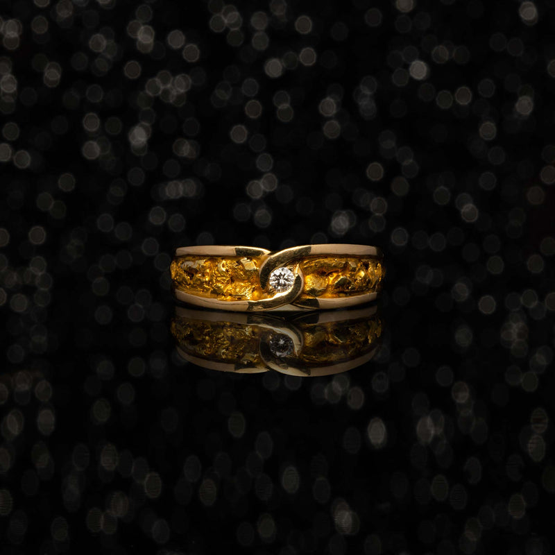 THE GOLD NUGGET & PETITE DIAMOND RING