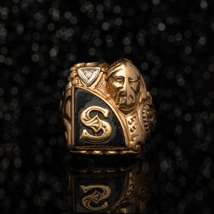 THE S KNIGHT SIGNET RING