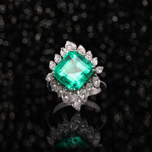 THE 1950'S EMERALD RING