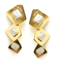 Beam Earrings in Moonstone