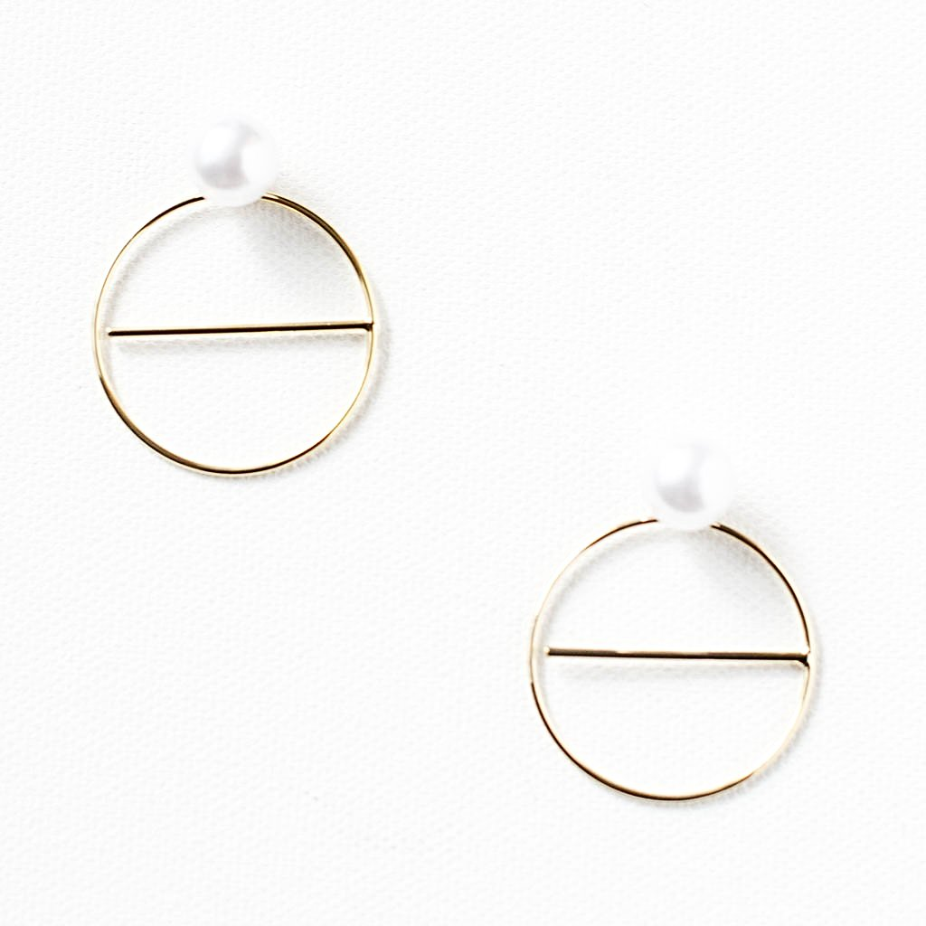 Circle and Line Pearl Hoops