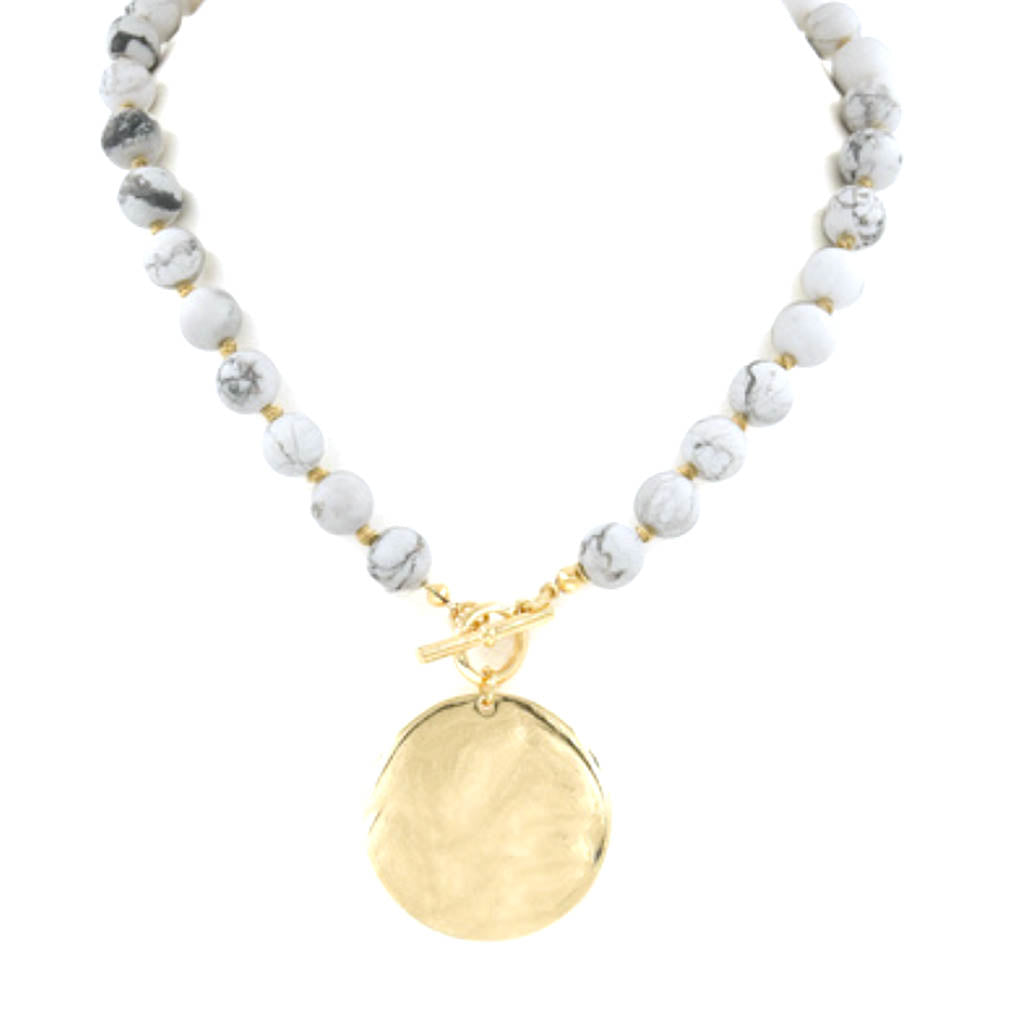 Medallion Necklace in Howlite