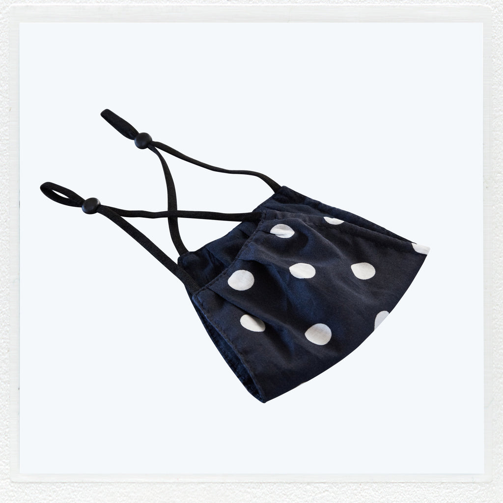 Crushed cotton POLKADOT adjustable cotton face mask.
