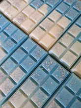 Load image into Gallery viewer, Wax Melt Snap Bar - Blueberry & Vanilla