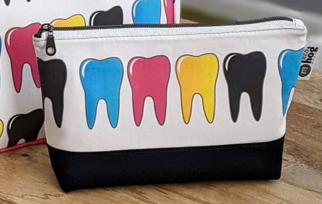 Dental Cosmetic or Personal Hygiene Pouches