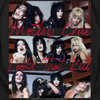 Women Exclusive MOTLEY CRUE T-Shirt, Looks That Kill