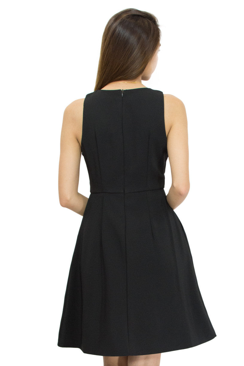 Kiffy Dress Black, Le Summer, back view