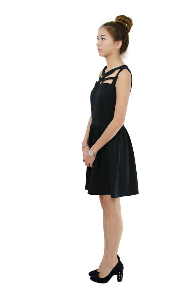 Cut-Off Dress Black