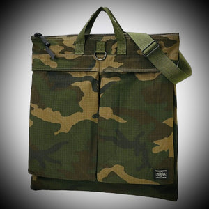 "PORTER YOSHIDA & CO: ""PLATOON"" 2 WAY HELMET BAG (WOODLAND OLIVE)"