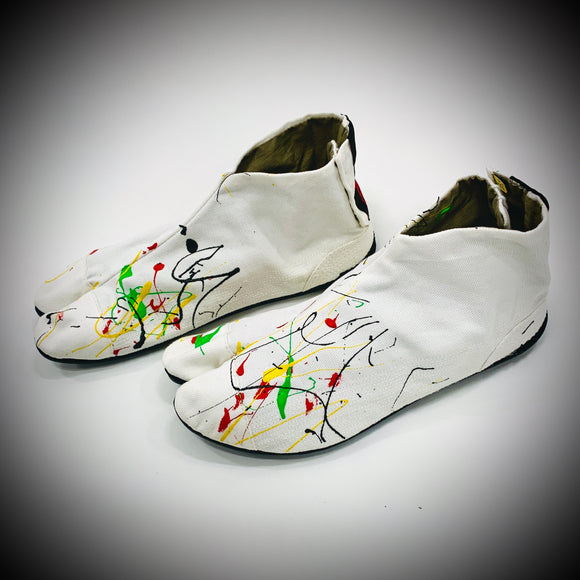 IKITABI: HOUSE SLIPPERS (WHITE SPLATTER)