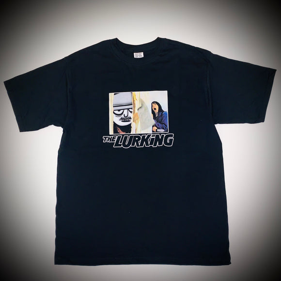 THE LURKERS: THE LURKING TEE (BLACK)