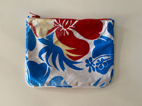 Playa pouch in Hibiscus