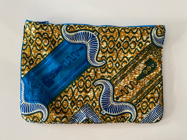 La Plage pouch in Ancient Scroll